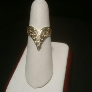 10K Yellow Gold Ladies Decorative Ring with Diamonds 06-317EJ