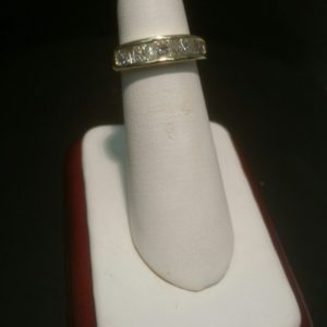 Ladies 14K Gold Band 1 Carat Princess Cut Diamonds