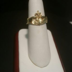 Ladies Claddish Ring